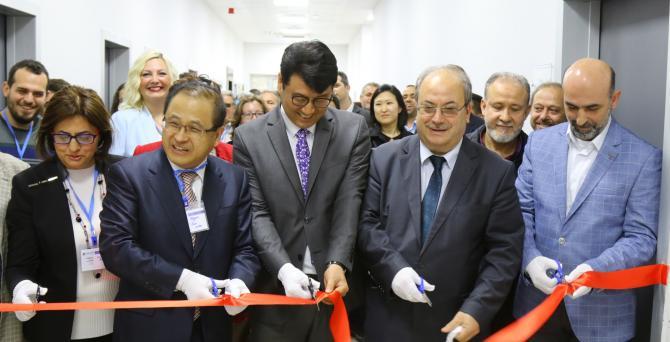 Fotodinamik Tedavi Merkezi Açıldı